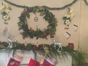 Christmas mantel with greenery